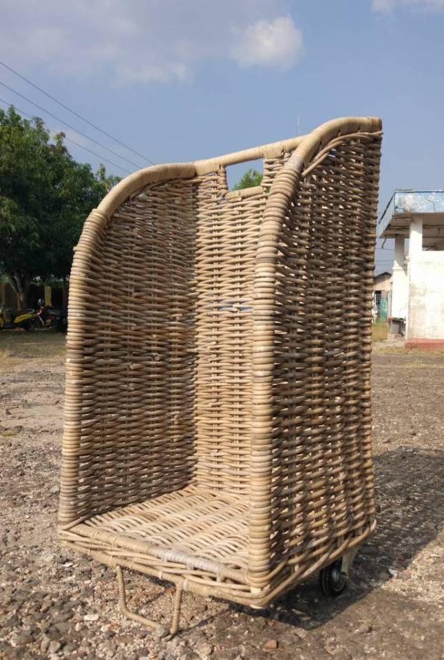 LRB28 #Kubu Rattan Firewood Troly
